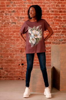 Коричневая футболка с цветами ZAVI со скидкой